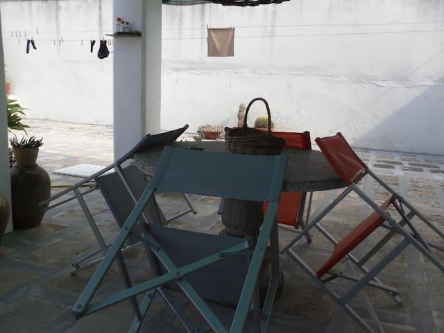 AFFITTA STANZE - Spongano - Casa