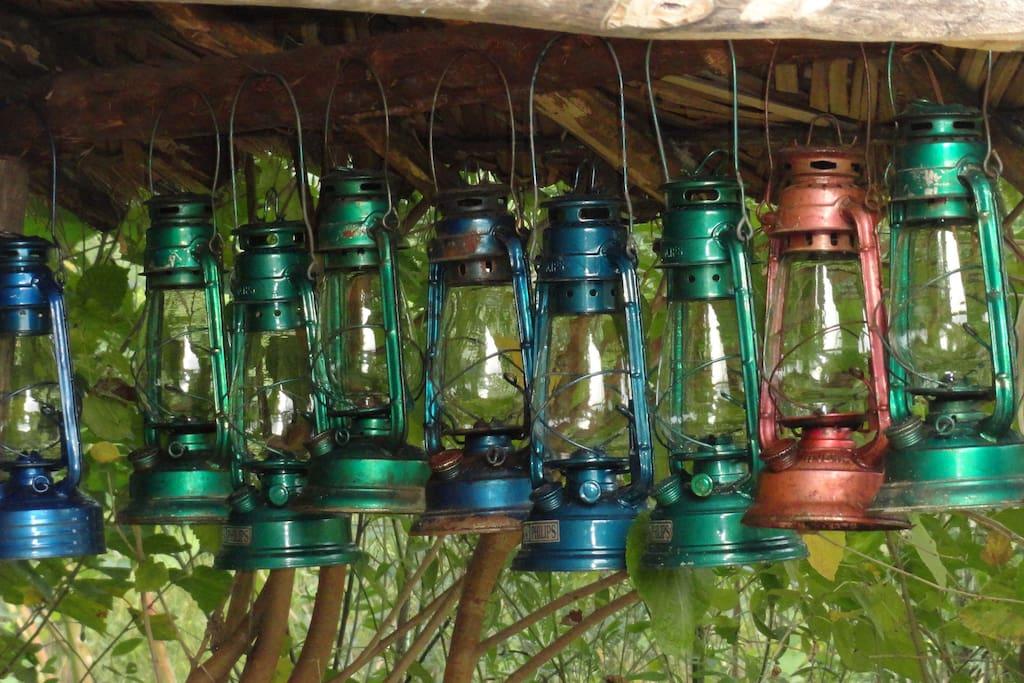 Lanterns near the Machan