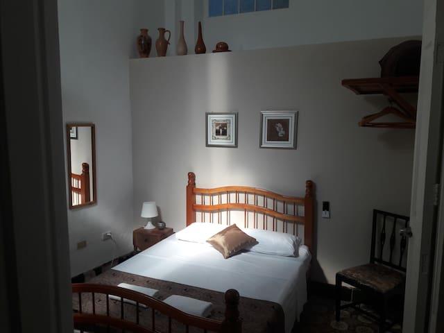 Santander Oromí Hostel (Room 2)