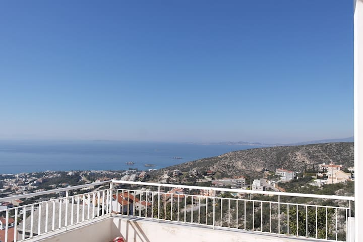 Διαμέρισμα 130m2 με θέα θάλασσα - Saronida - Apartamento