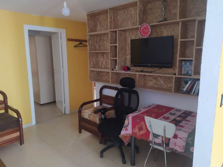 Studio near the airport/city center