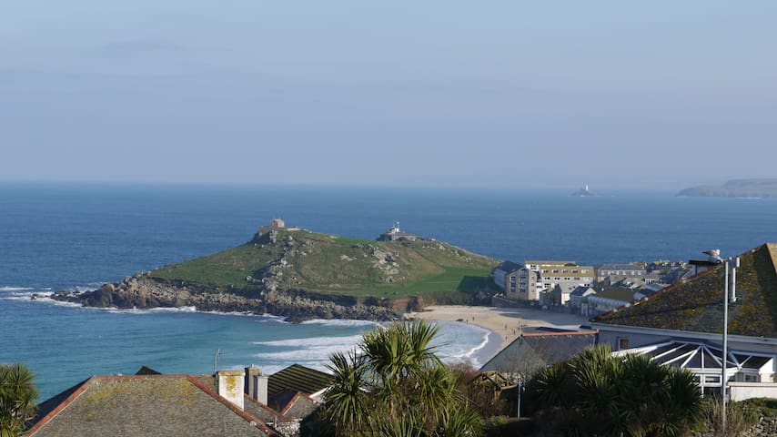 Beach Haven has stunning sea views across St Ives