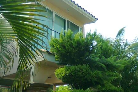 PRECIOSA CASA CON ALBERCA EN CUAUTLA, MORELOS - Cuautla - Rumah
