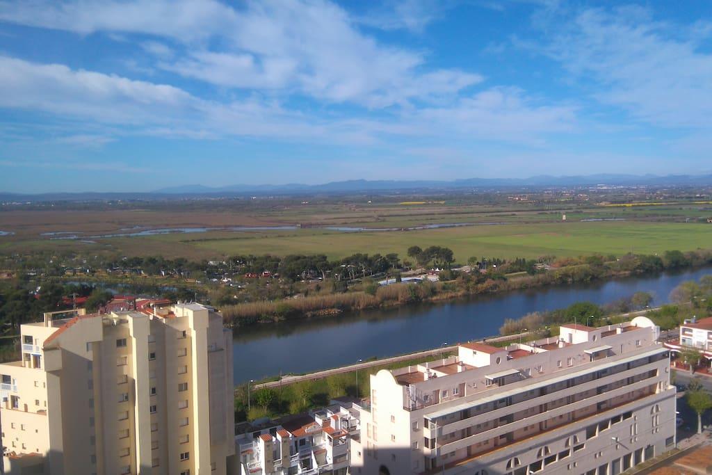 vue du balcon  ( coté ouest ) LA MUGA