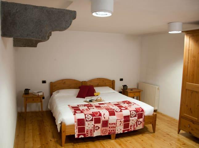 Appartamento nel Borgo di Bard - Bard - Departamento