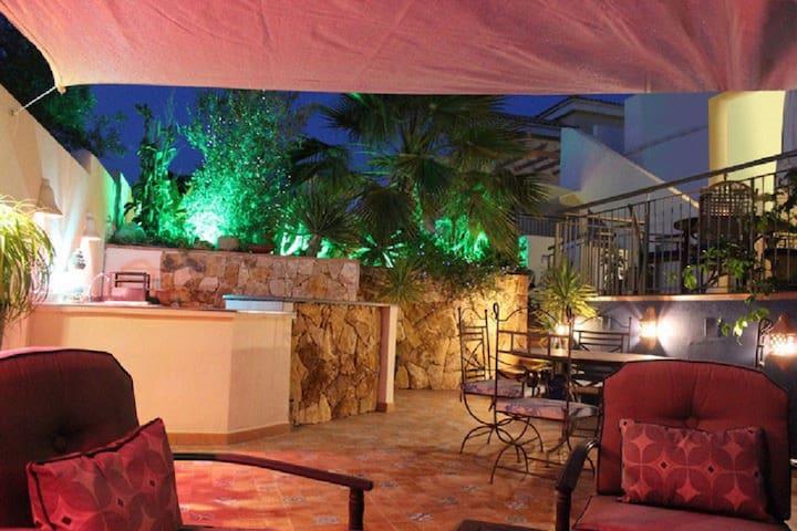 Stunning Villa with Idyllic Moorish Gardens