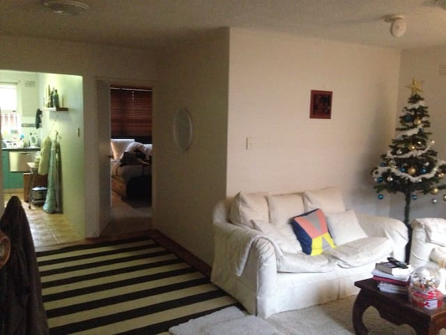 Great 1BD apartment - 10mins to CBD - Ashfield - Apartamento