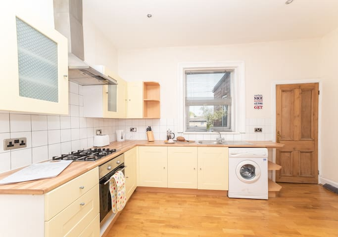 Beautiful Seaview 3 Bed Apartment South Shields