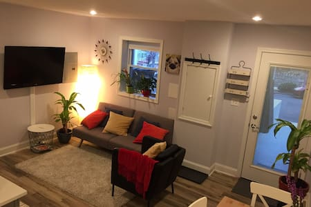 Cozy 2BR apt close to all the action - Waszyngton