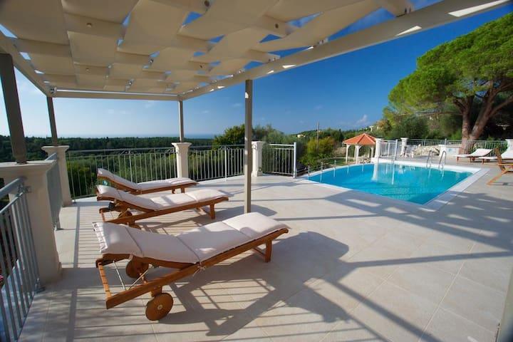 Luxury 4BR Villa in Kefalonia by UniqueVillas