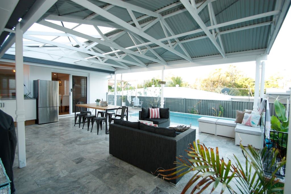 5x7m deck with mini out door kitchen, large family webber BBQ and awesome pool views