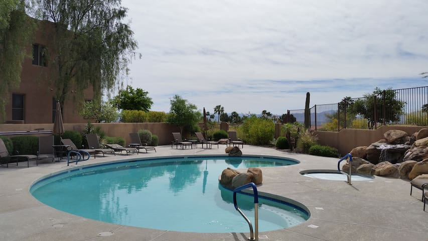 Gorgeous Retreat in Fountain Hills with a View - Fountain Hills - Condominio