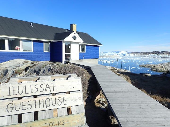 Ilulissat Blue Guesthouse room 2