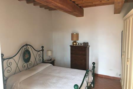 Stanze privata Podere Gualpoli - Pelago  - Apartment