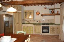 The kitchen of the private vacation rental Tuscany