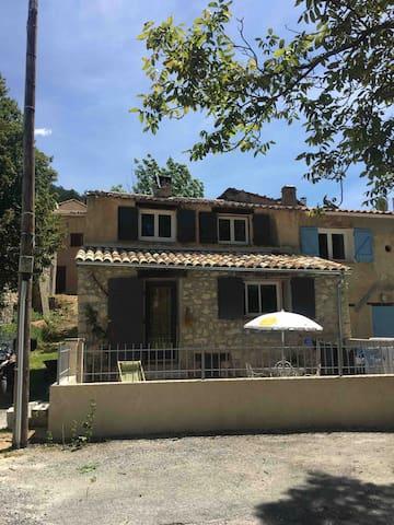 Maison de village, Alpes de Haute Provence (04)