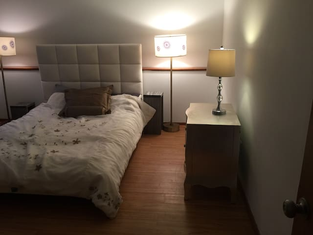 Private apartment in great area - Westhampton - Apartment