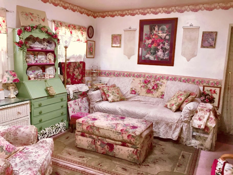Romantic home decore, roses fill my home.