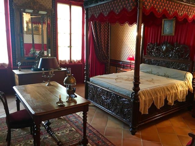 Chambres de charme dans maison ancienne avec parc
