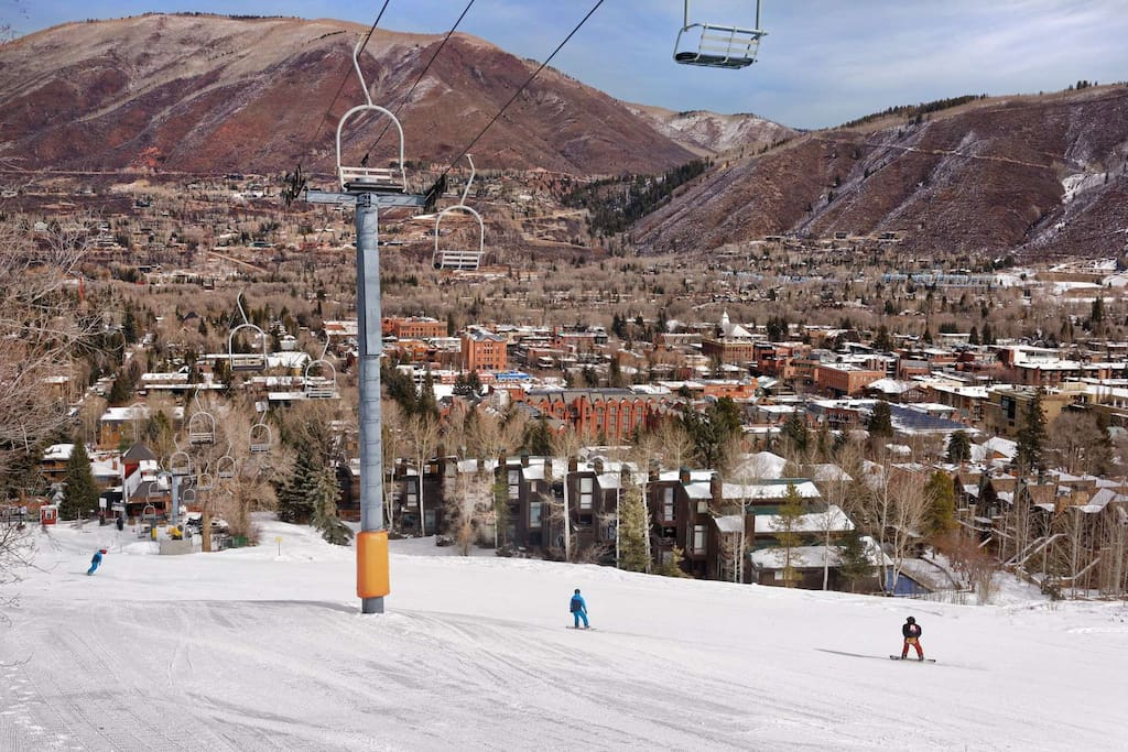 The ski Access from Mountain Queen is unbeatable.