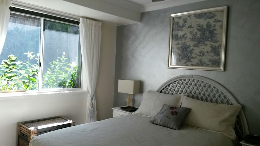 SELF CONTAINED FLATETTE FOR UP TO 4 PEOPLE - Highland Park - 客房
