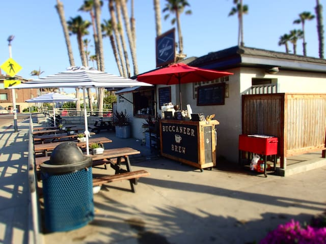 Buccaneer Beach Cafe just around the corner. Opens at 7am