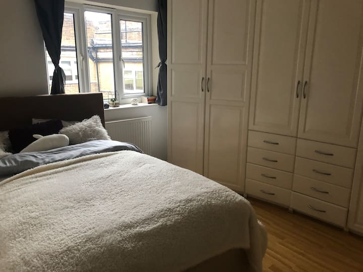 Bright & Cozy Double Bedroom in Zone 1 Southwark