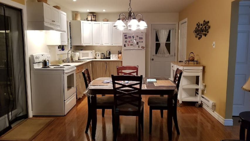 Dining/kitchen area - Open concept.