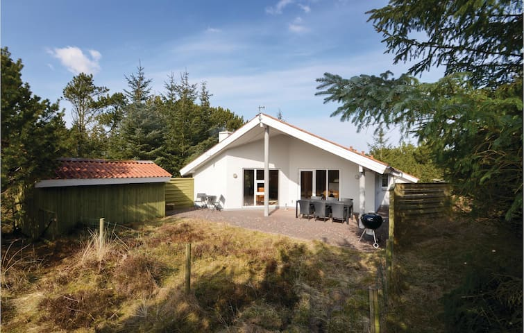 Holiday cottage with 3 bedrooms on 120m² in Thisted