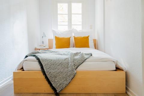 Apartment à la Matteo-Gründerzeit mit Netflix/Wifi