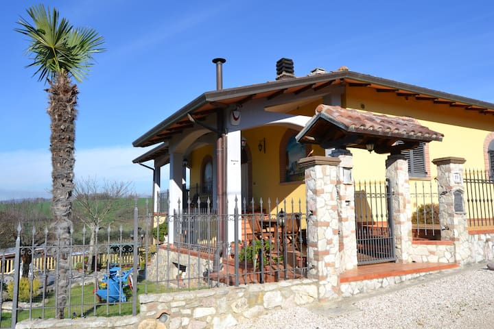 Cottage near S. Francesco's airport - Lidarno - Apartment