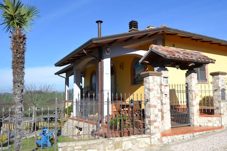 Cottage near S. Francesco's airport - Lidarno - Apartmen