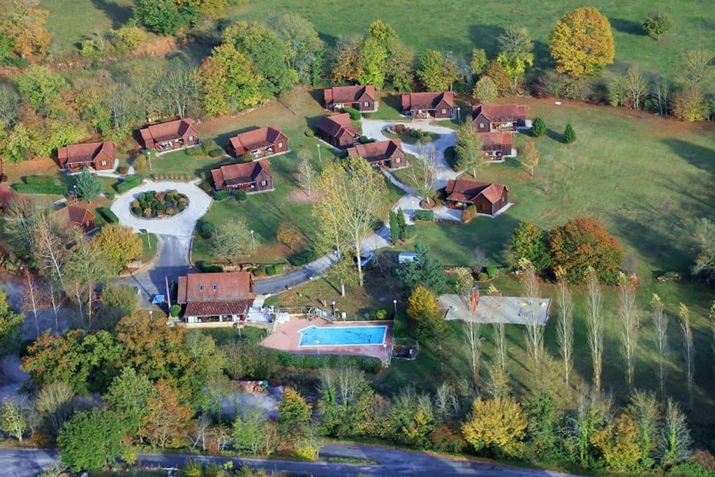 Vue aérienne du site des chalets