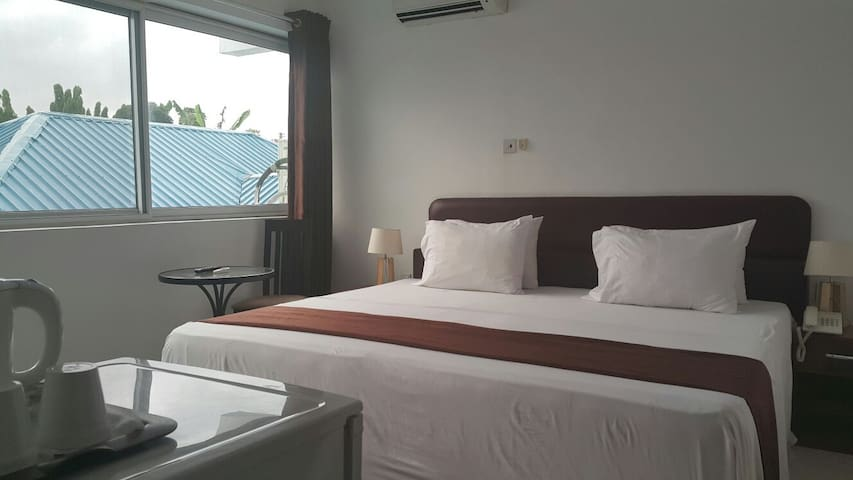 Serviced room in Residence*** - Accra - Casa