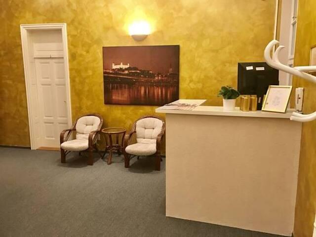 Manderla / Room n. 12