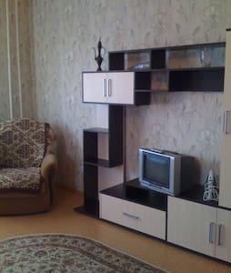 сдать посуточно г воронеж пер автогенный 11а,1ю кв - Voronez - Apartment