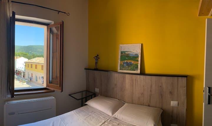 Camera con vista Conero in pieno centro a Sirolo