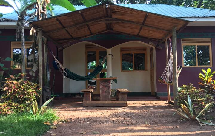 Cute Village Cottage, Jinja
