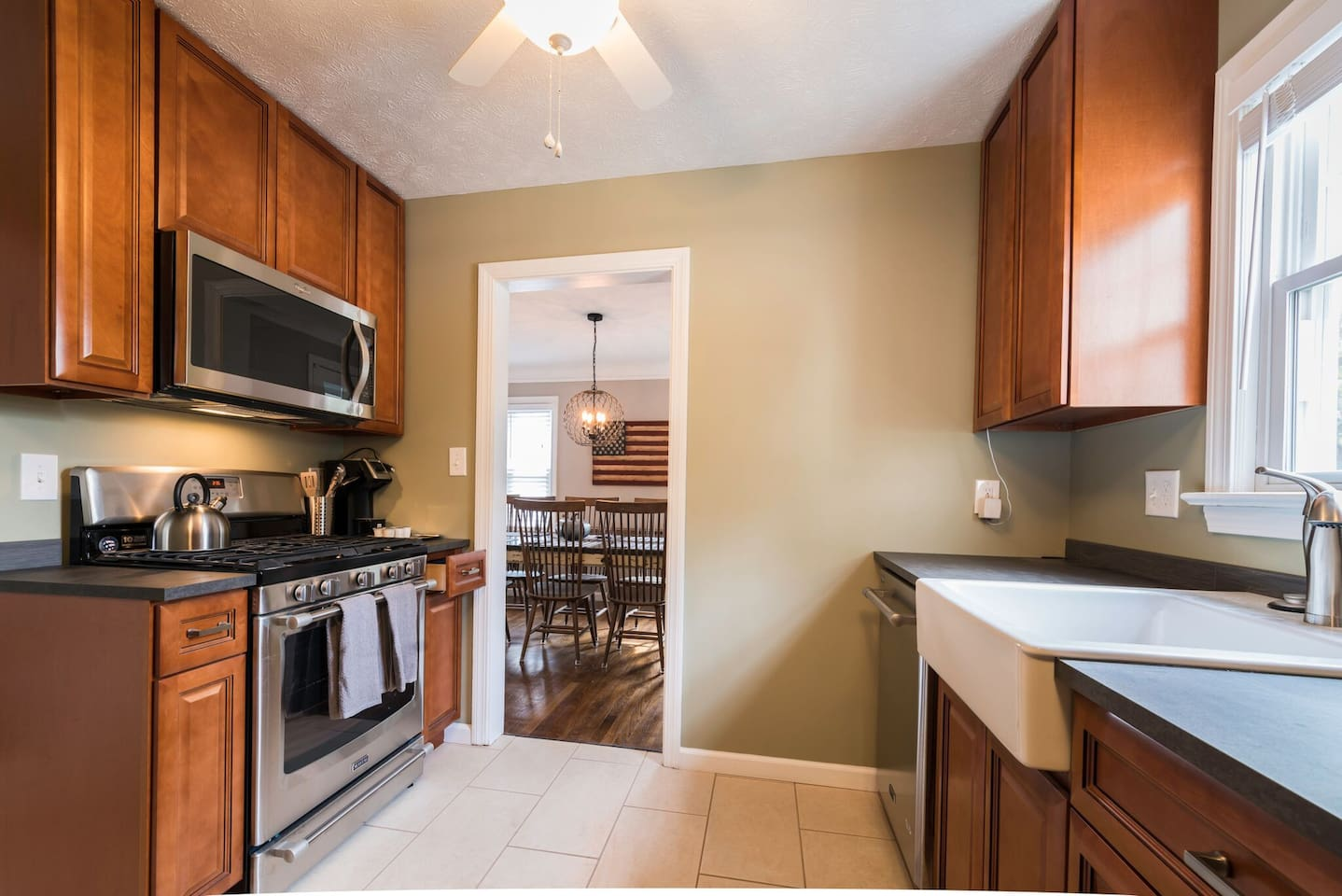 Enjoy cooking with family and friends with our completely remodeled kitchen (new applinaces, cabinets, flooring, pots, pans, cutlery and glassware). The kitchen is stocked with just about anything you can think of...please feel free to ask us for more details!