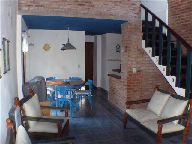Duplex a media cuadra balneario - Valeria del Mar - Apartament