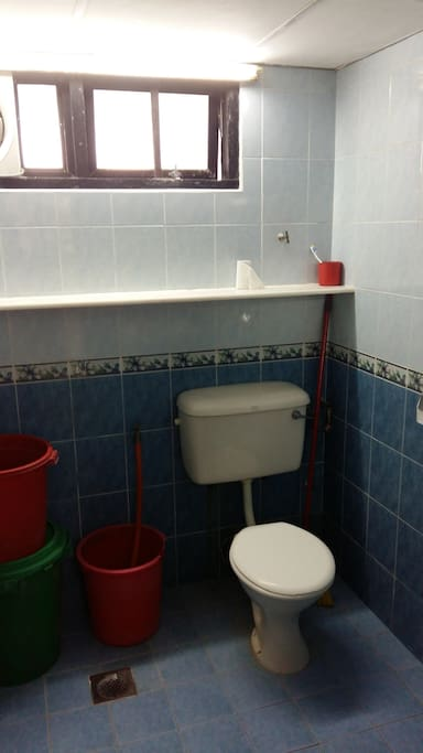 1st bathroom with hot water