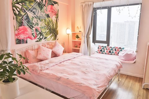 [pink不加糖]五一广场/100寸巨幕投影/太平街/坡子街/地铁口/江景房/1.8大床