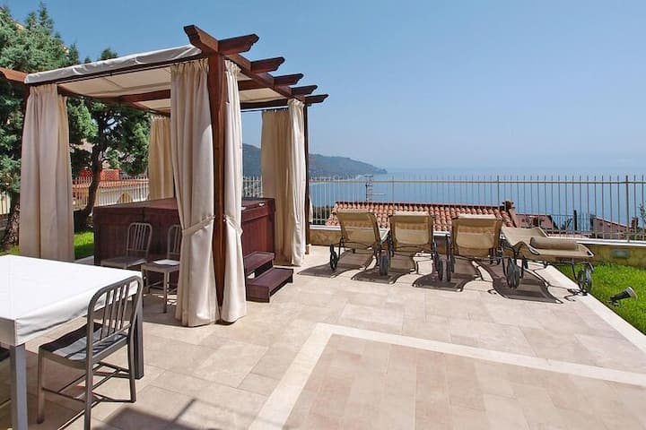 4 star holiday home in Taormina