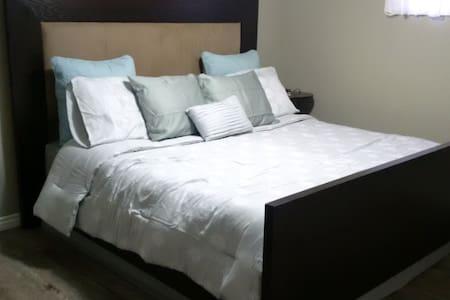 Bright Basement Apartment - Halton Hills