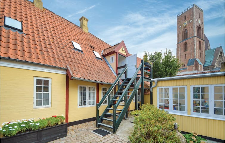 Holiday apartment with 1 bedroom on 53m² in Ribe