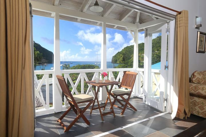 Villa Apartment 4D in Marigot Bay