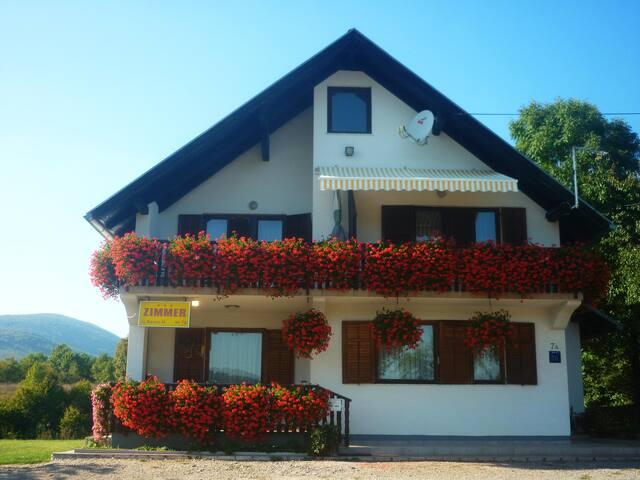House Anamarija-Room 1 - Selište Drežničko - Ev