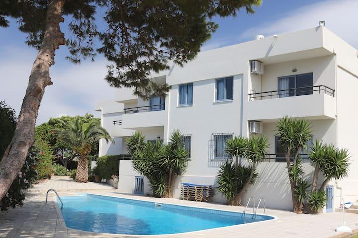Elli Apartments with Pool View - Malia - Apartment