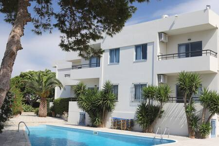 Elli Apartments with Pool View - Malia - 公寓