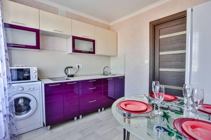 Apartment on Topolinaya 6